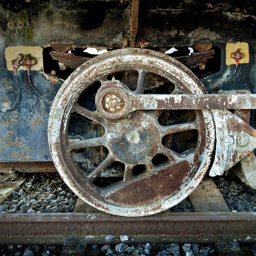 Roue d'un vieux train